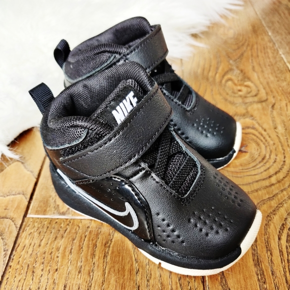 Nike Other - Nike toddler basketball shoes